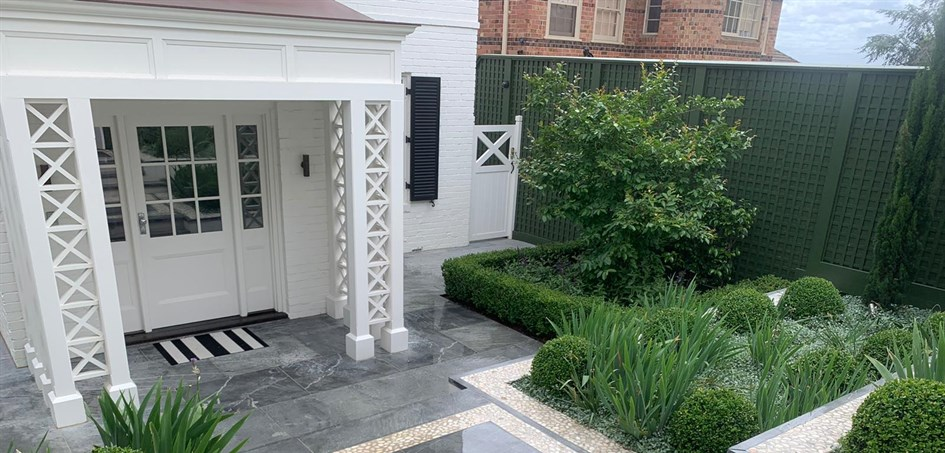 Beautiful Blue Stone and Landscaping in Toorak